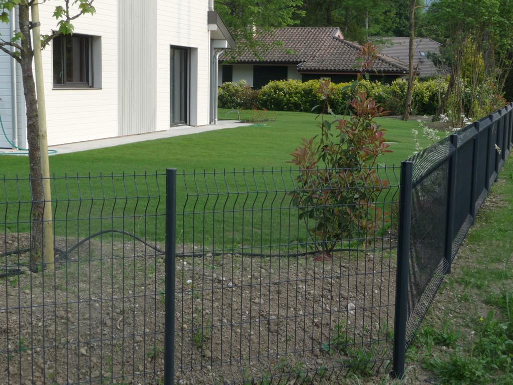 Paysagiste Douvaine - clôture panneaux rigides | Paysagiste Haute ...