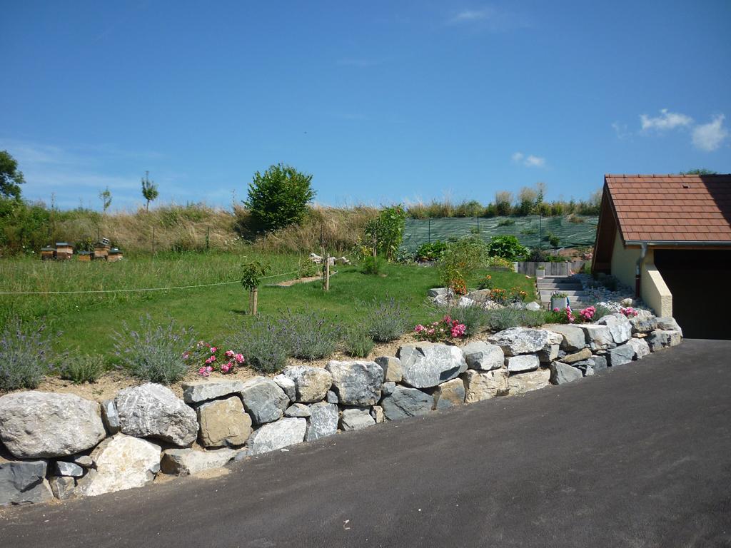 Paysagiste thonon les bains enrochement rochers for O jardin ideal route de montauban bessieres