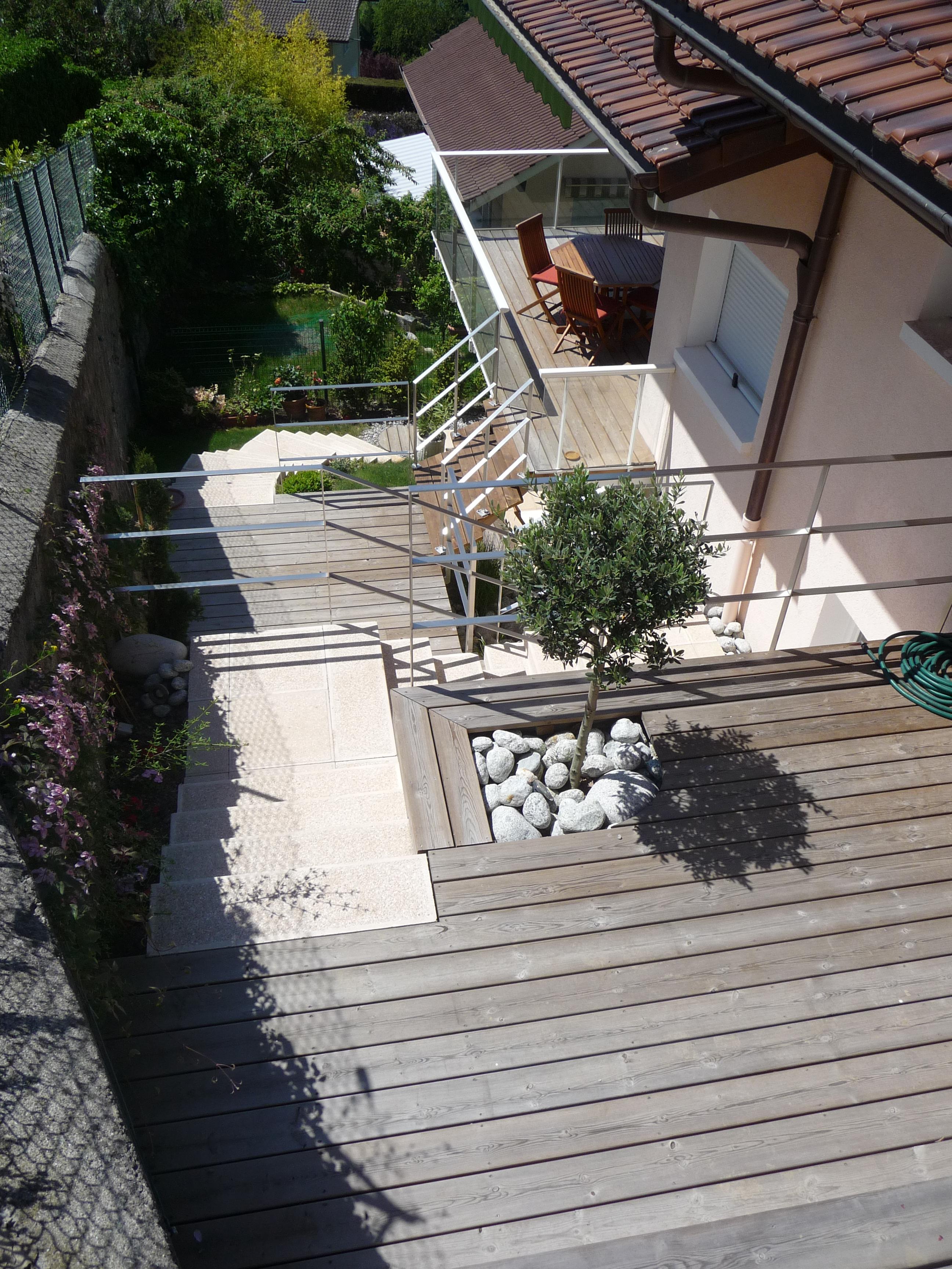 Terrasse bois thonon for Paysagiste terrasse