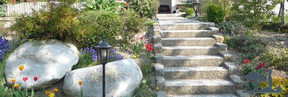 Paysagiste douvaine escalier pav s traverses bois for Amenagement jardin en escalier