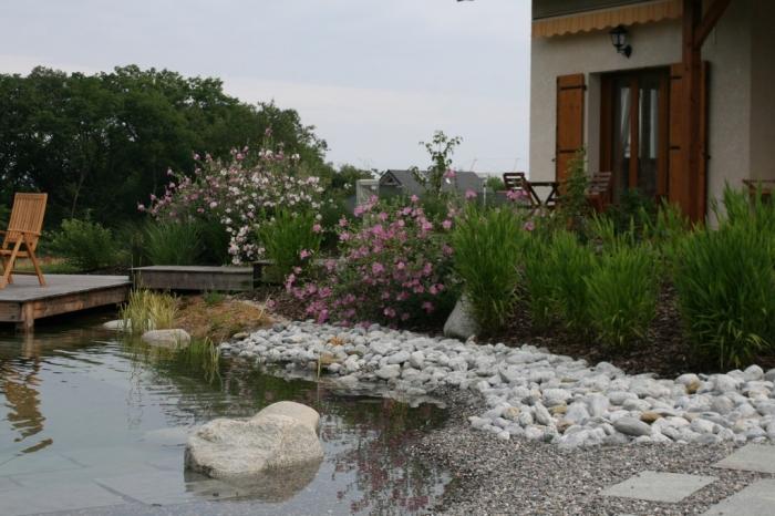 Piscine biologique haute savoie baignade naturelle for Amenagement jardin savoie